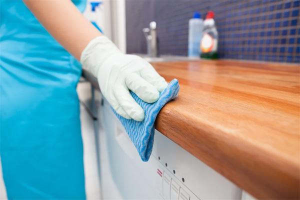 Соблюдение усиленного санэпидрежима по вирусным инфекциям в нашем медцентре
